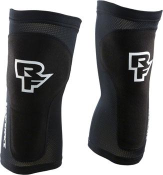 RaceFace Charge Leg Guard: Black XL