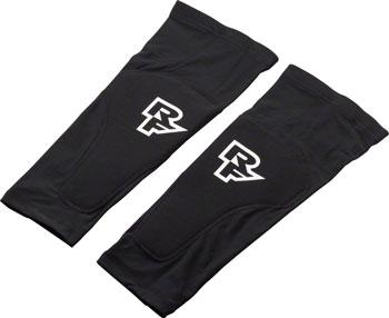 RaceFace Charge Sub-Zero Leg Guard: Black MD